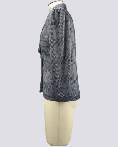 Kit Completo de Molde de Blazer Feminino com Gola Inteira com Lapela Estreita – Tecido Plano – Tam.36 ao 56